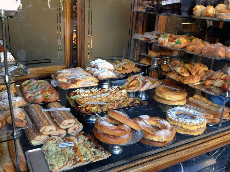 pasteleria-la-colmena-barcelona-escaparate-duces