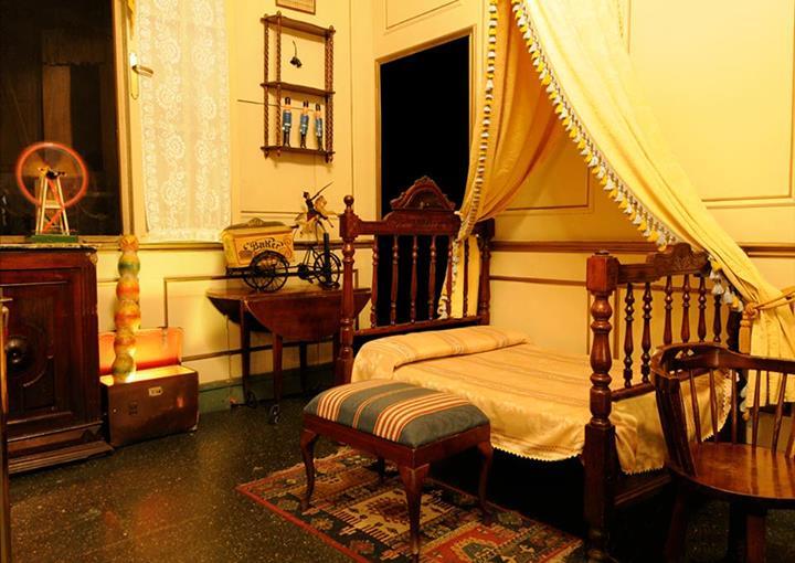 habitacion-bar-original-bosc-de-les-fades-barcelona