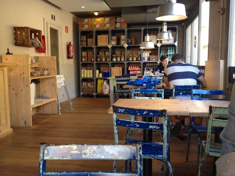 sala-bar-restaurante-bocadillos-sandwichez-barcelona