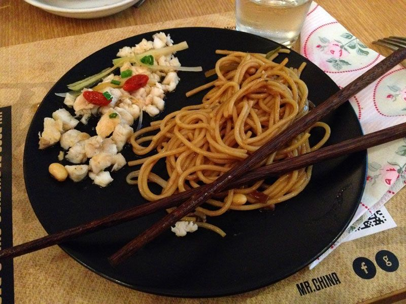 fideos-udon-mejor-restaurante-chino-barcelona-mr-china