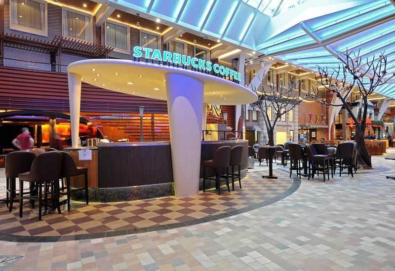 Starbucks-barco-royal-caribbean