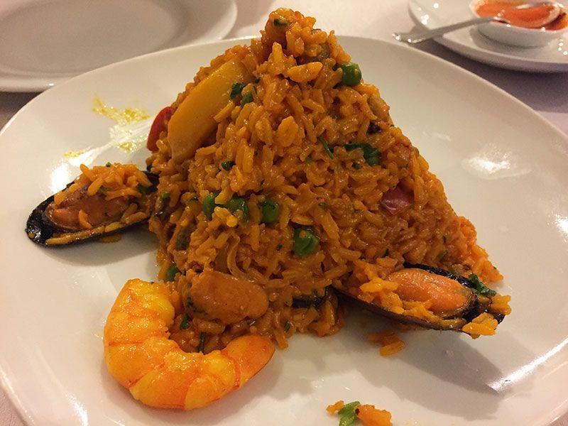 el-patio-latino-restaurante-peruano-barcelona