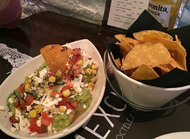 guacamole-mexcla-restaurante-mexicano-barcelona