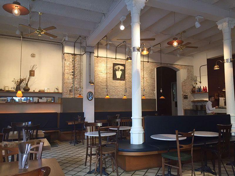 interior-restaurante-carmelitas-barcelona