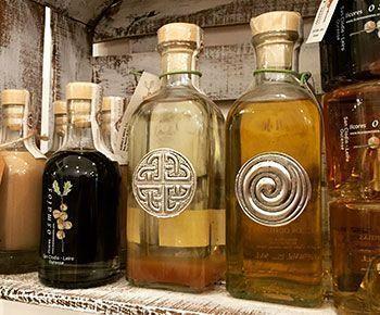 aguardiente-de-orujo-bebida-tipica-galicia