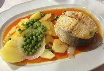 merluza-a-la-gallega-comida-tipica-galicia