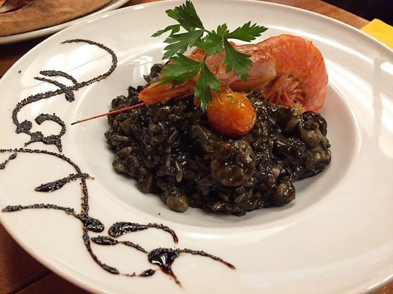risotto-nero-di-sepia-buon-apettito-restaurante-italiano-barcelona