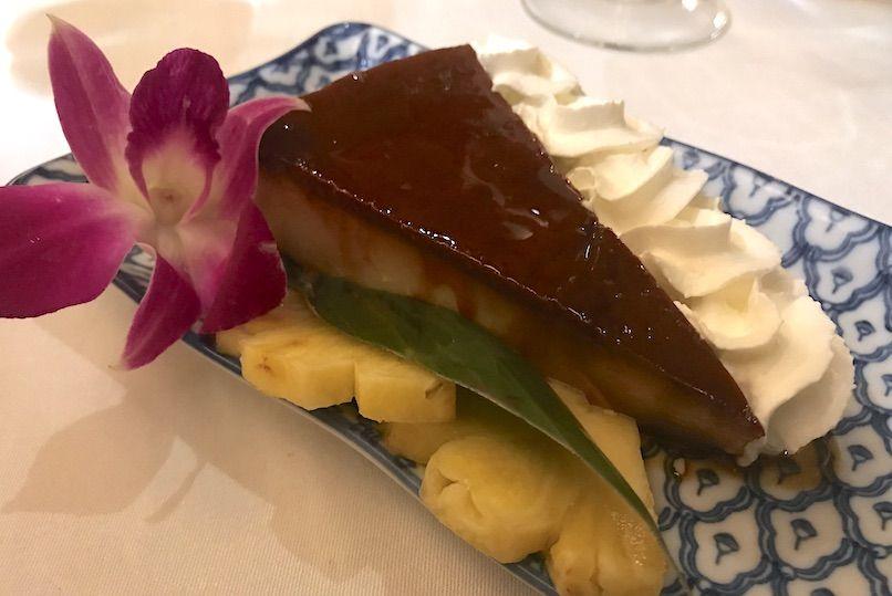 flan de coco restaurante tailandes thai barcelona